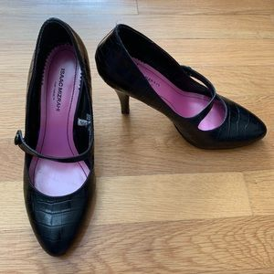 Isaac Mizrahi for Target croc Mary Jane pumps, 7